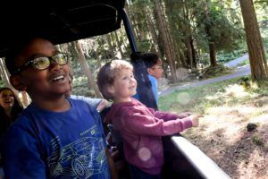 keeper tour kids in jeep